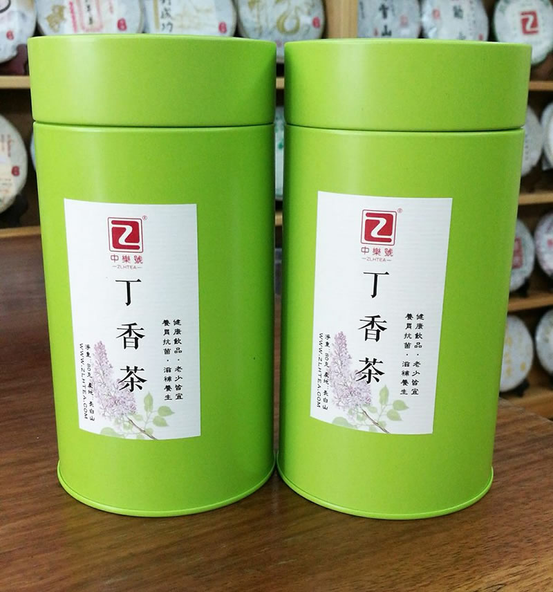 <a href=https://zlhtea.com/baike/Lilac_tea target=_blank class=infotextkey>丁香茶</a>由於其保健功效明顯,在香港很受歡迎,經常有人幾十罐的購買,導致現在<a href=https://zlhtea.com/baike/Lilac_tea target=_blank class=infotextkey>丁香茶</a>已經斷貨,年前已經沒有辦法再有貨來到香港